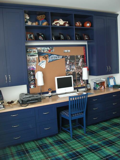 corkboard on blue frame